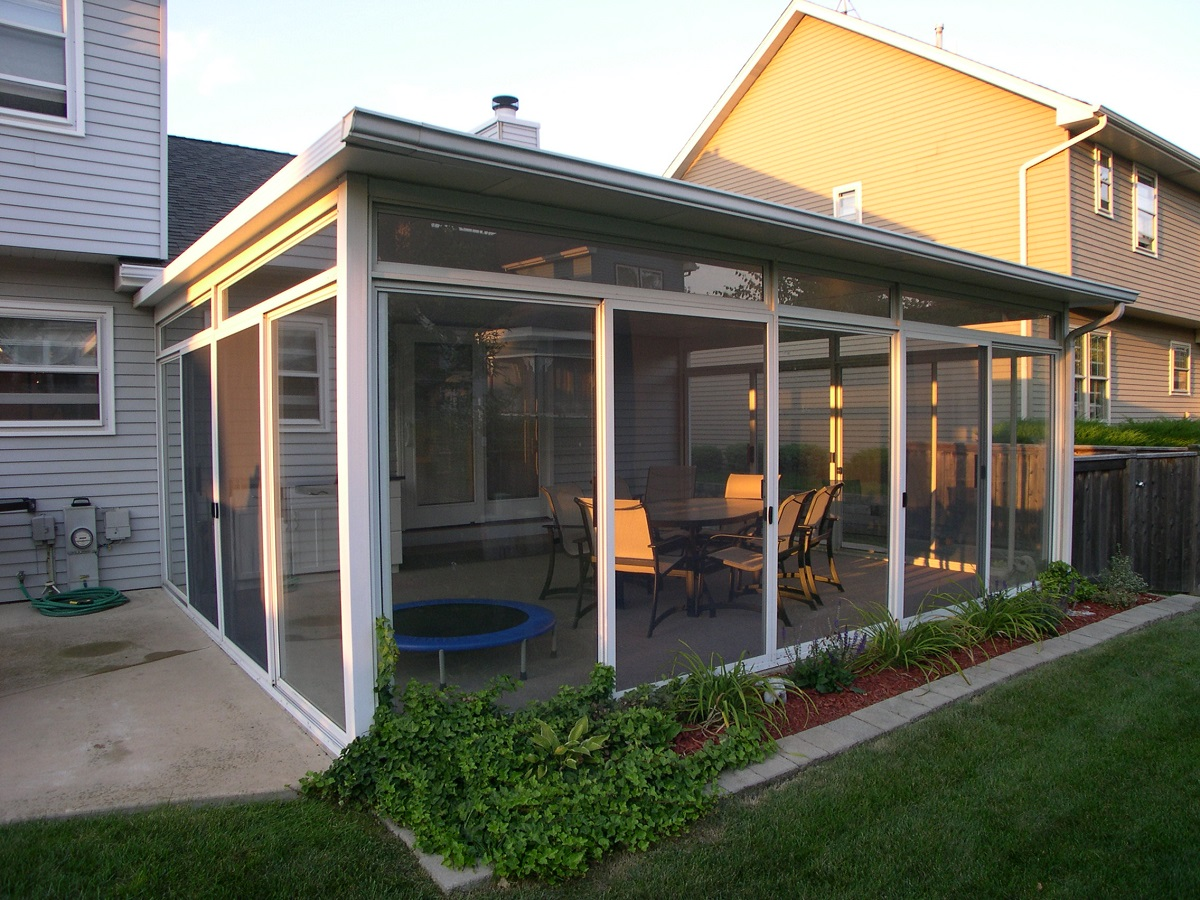Top 10 home addition ideas plus their costs pv solar for Family room addition pictures