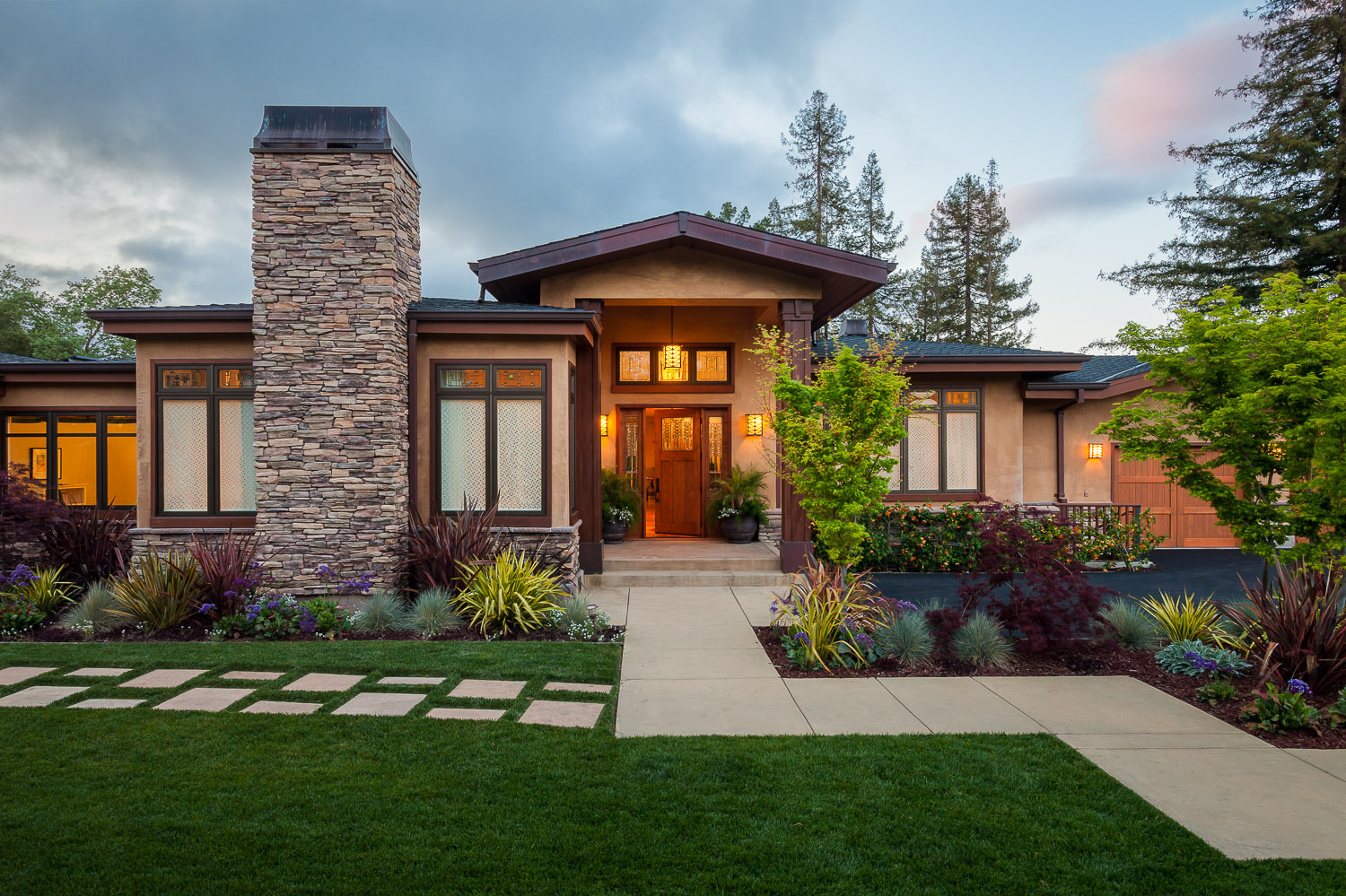 Top 15 house designs and architectural styles to ignite for Craftsman style architecture