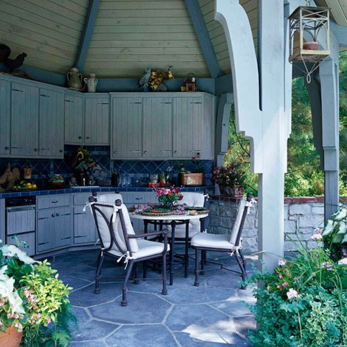 Small gazebo kitchen