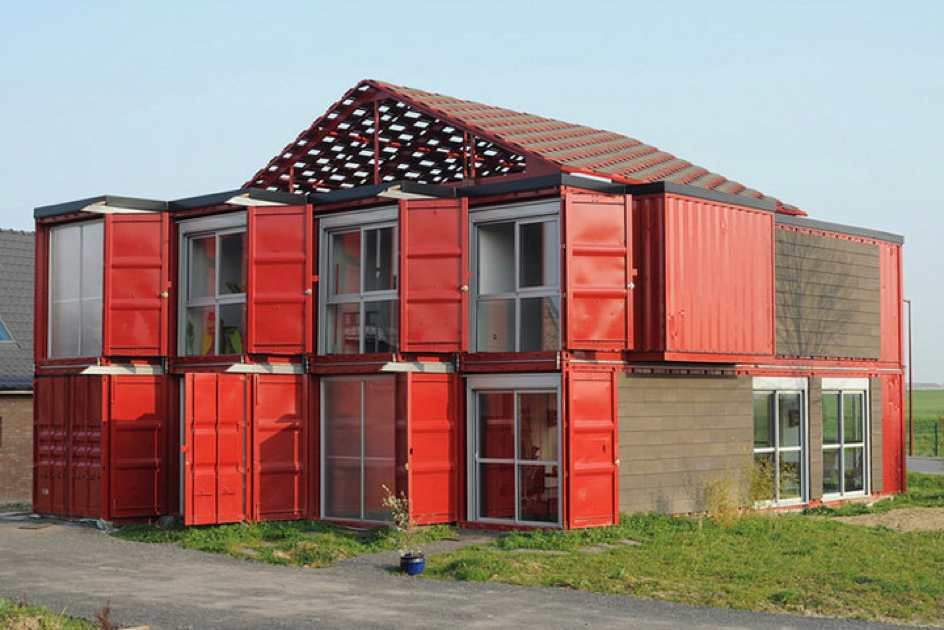 house made of 8 containers. beautiful ideas. Home Design Ideas