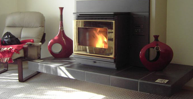 Wood and pellet heating