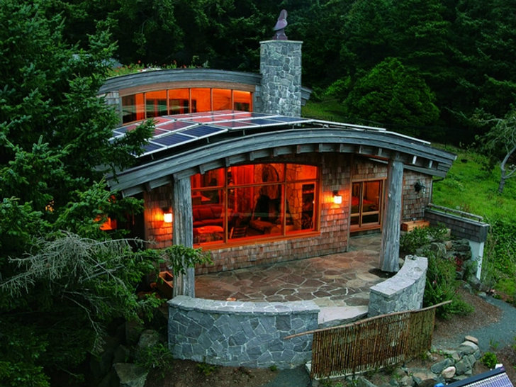 Top 15 Solar Powered Home Designs Plus their Costs and Pros and