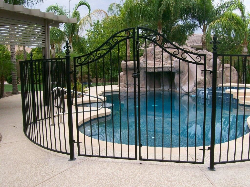 Privacy Fence Ideas Costs Site Plans Amp Building Permits
